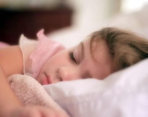 خواب سبک و کم خوابی در کودکان با بیش فعالی و کمبود توجه