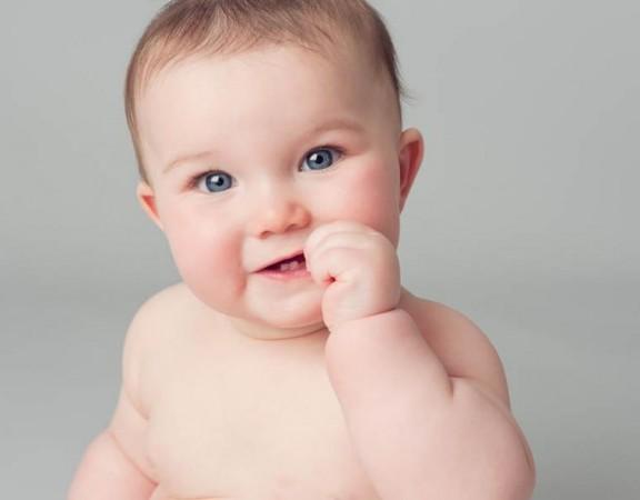 رشد کودک: کودک 8 ماهه ی شما