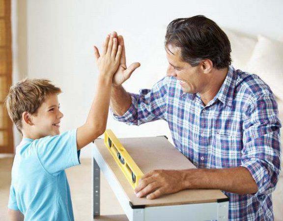 تحسین رفتارهای صحیح کودک