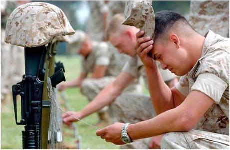 علت خودکشی سربازان
